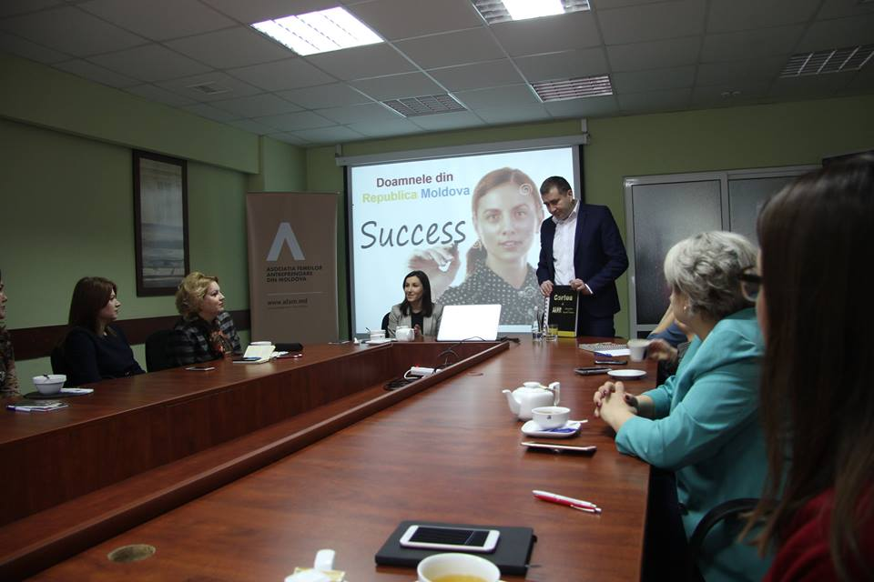 BUSINESS BREAKFAST cu Denis Roșca